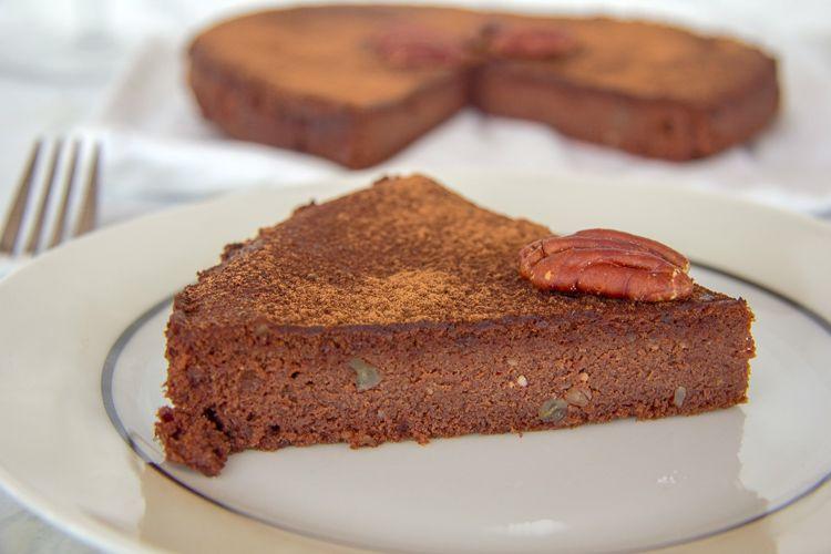 pecan flourless torte