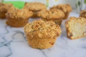 almond flour apple crumble muffin