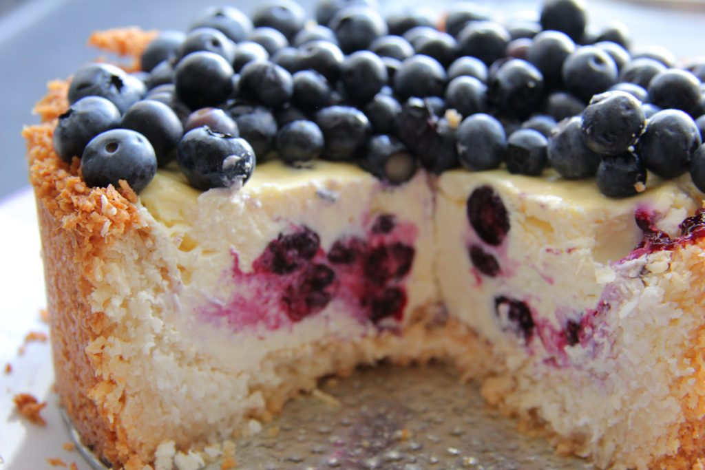 coconut blueberry cheesecake