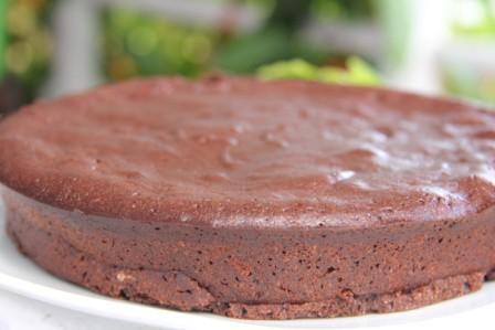 Flourless chocolate cake