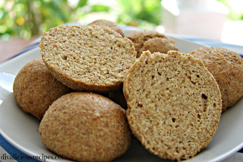 Flaxseed rolls