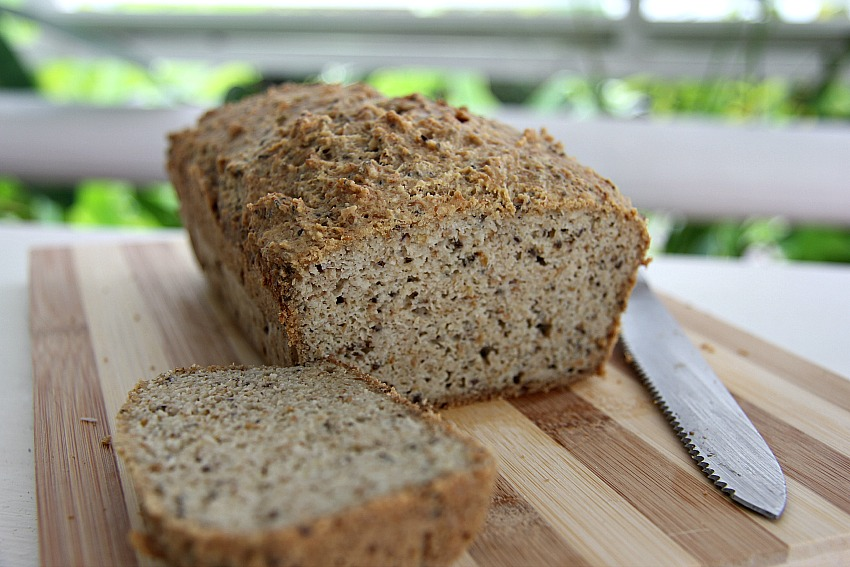 Paleo low carb bread