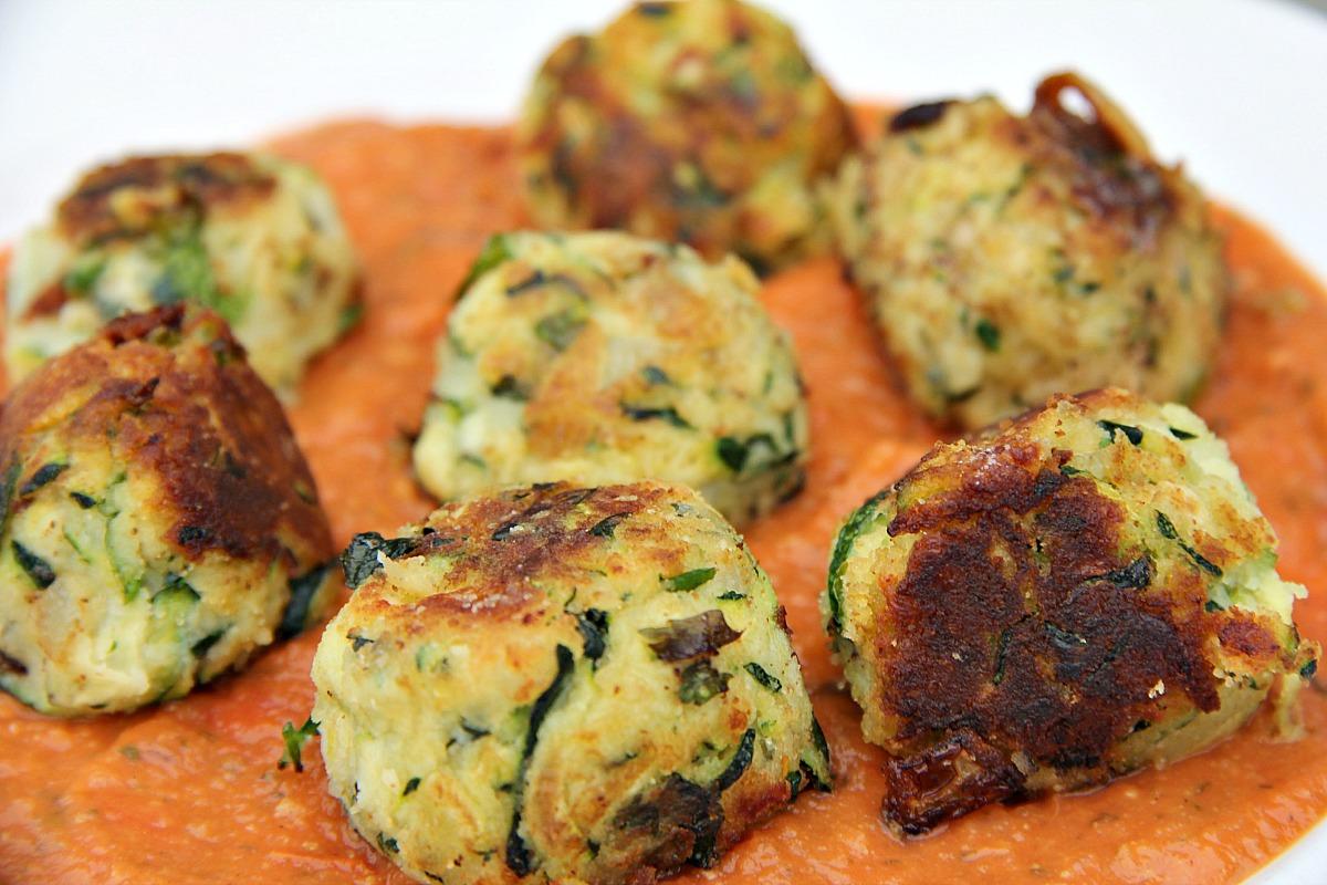zucchini halloumi balls