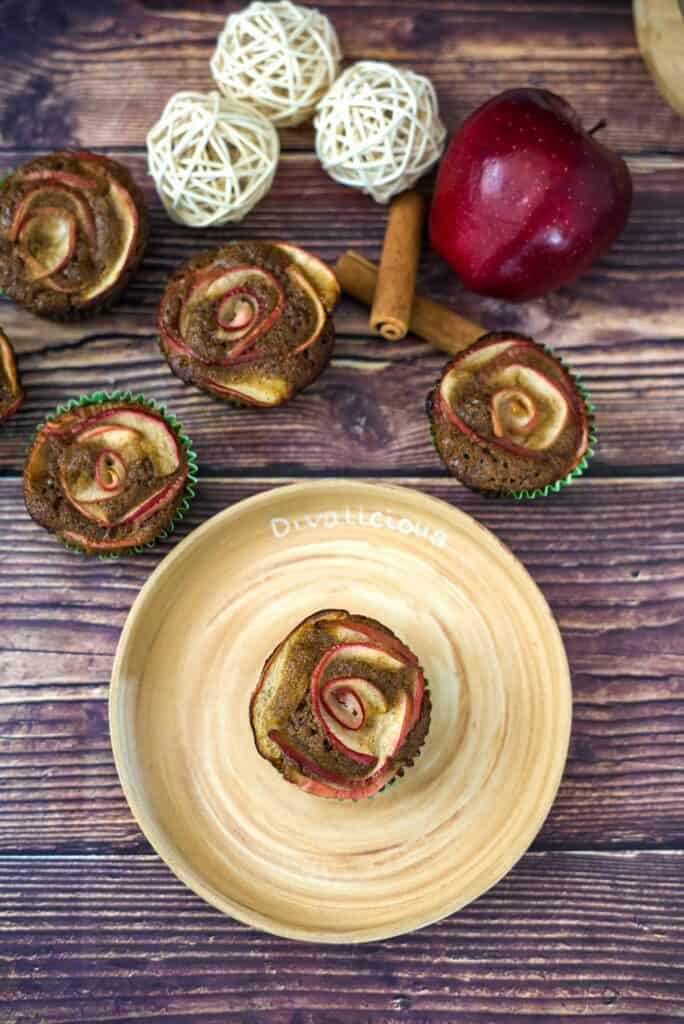 apple roses cupcakes