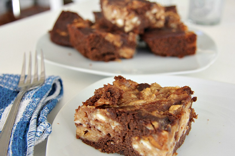 peanut butter chocolate brownie with coconut flour