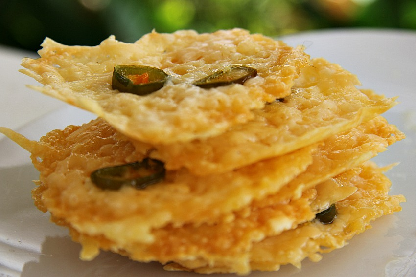 cheese-jalapeno-crackers