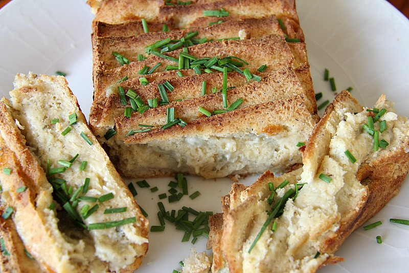 blue-cheese-bread
