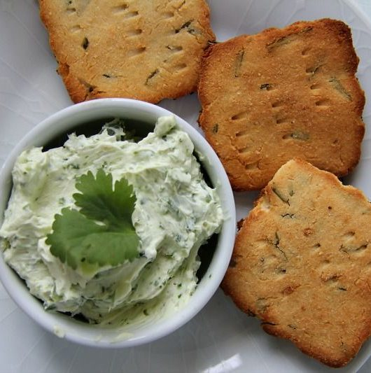goats cheese rosemary crackers