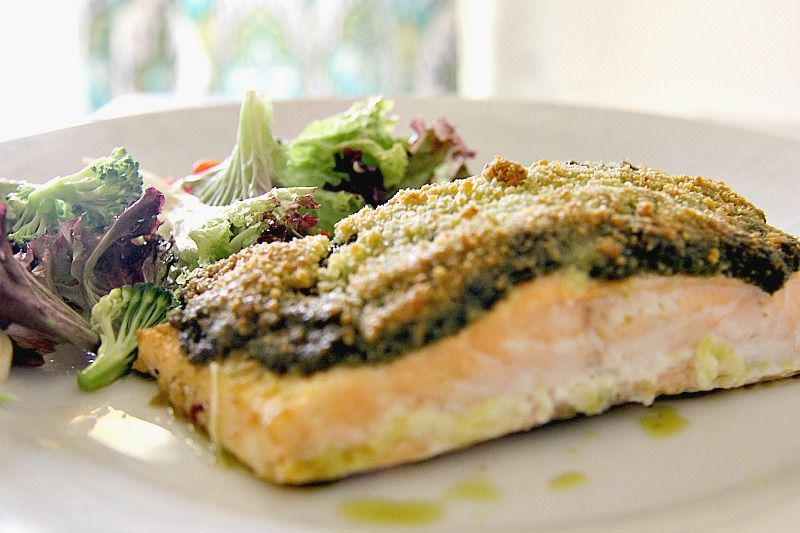 salmon pesto crust