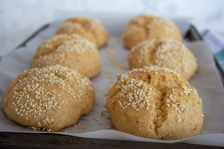 almond flour burger buns