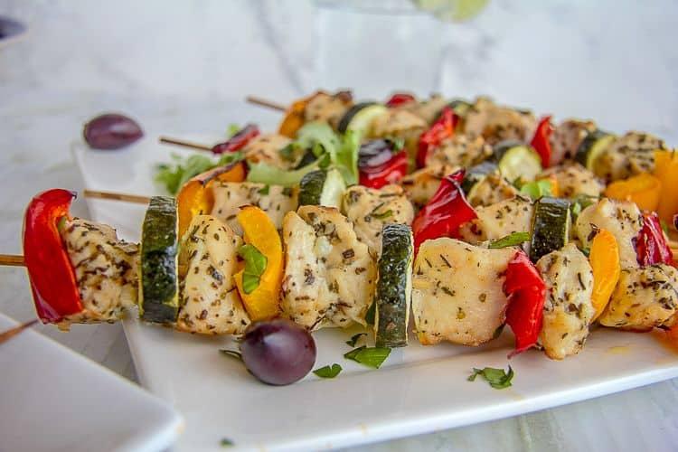 chicken vegetable Greek kebabs