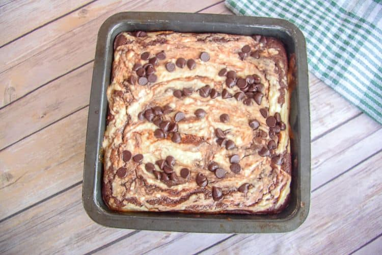 brownie with cheesecake swirl
