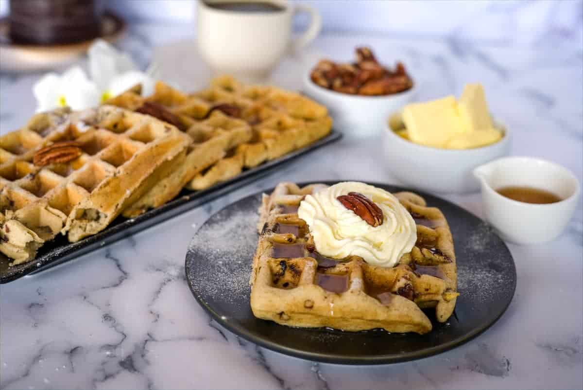 low carb waffles with pecans