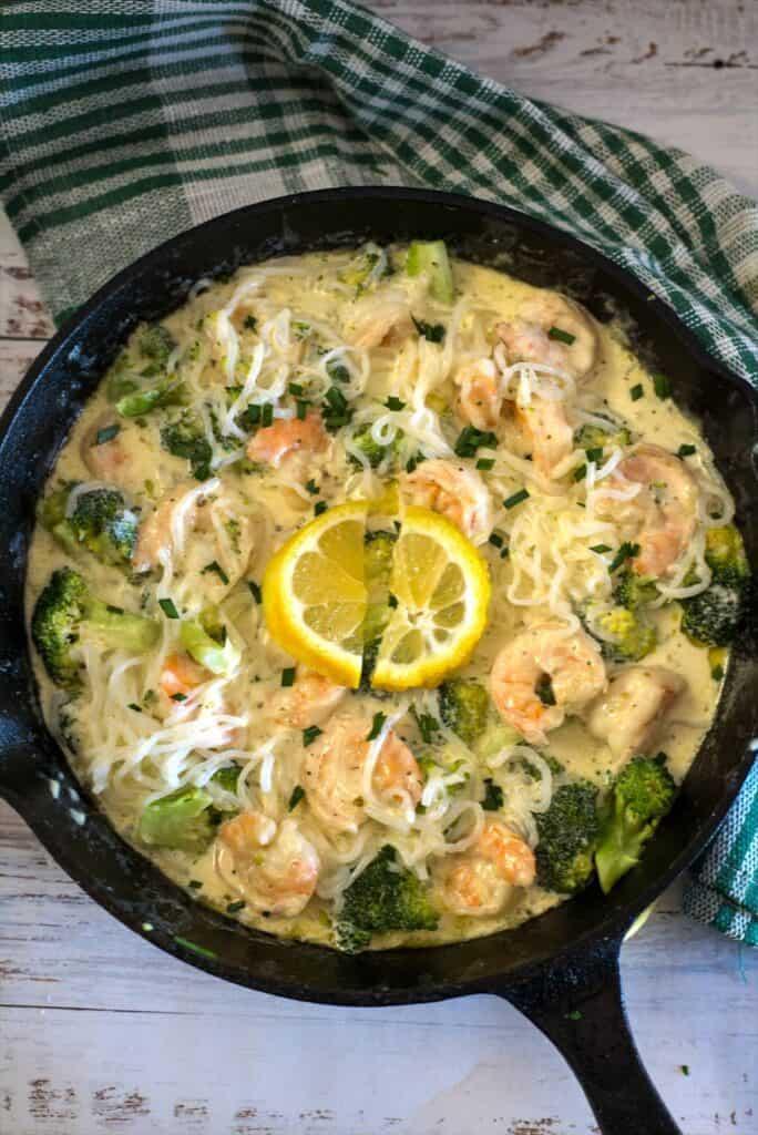shrimp broccoli in pan