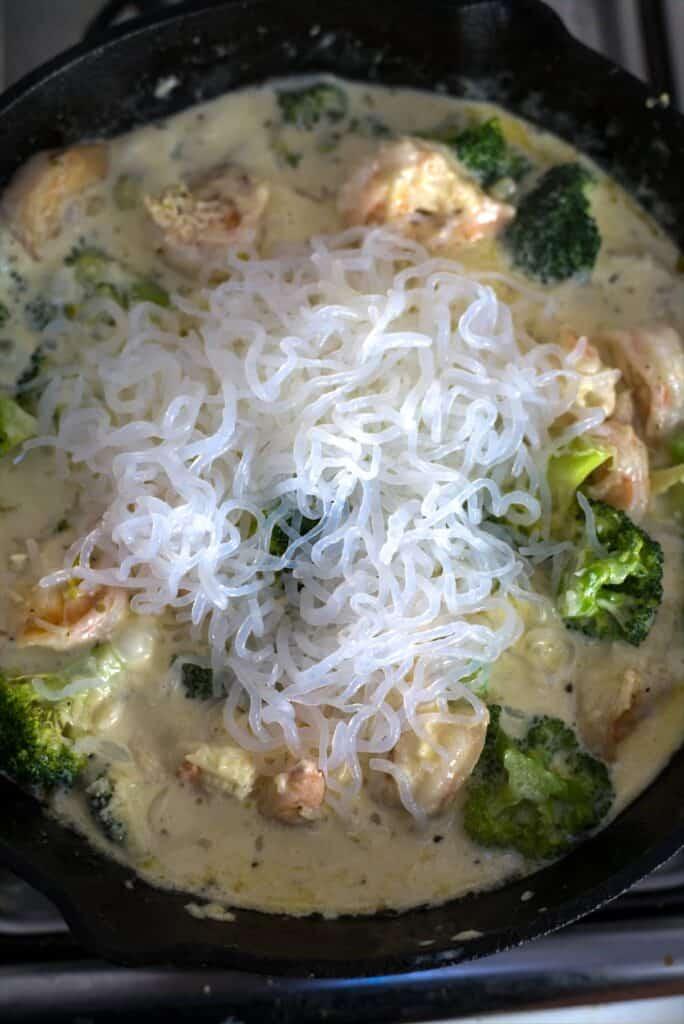 noodles on shrimp broccoli