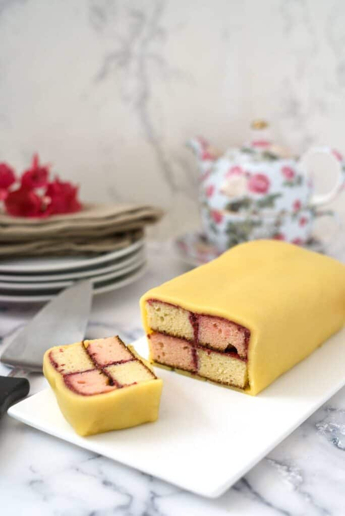 A checkered sponge cake in marzipan