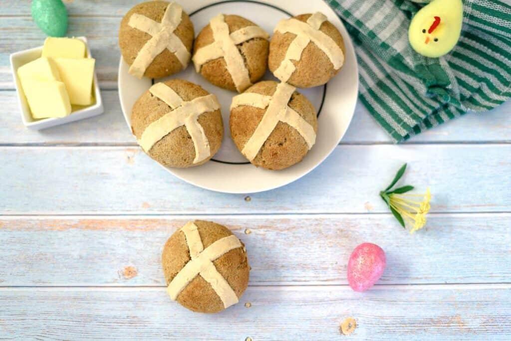 keto hot cross buns