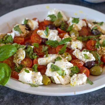 tomato salad with burrata cheese